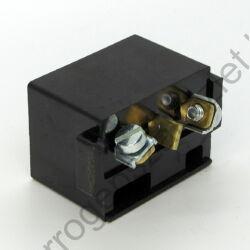 TUR2 motor csatlakozó aljzat