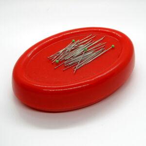 Gombostű tartó mágnes